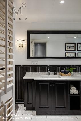 明亮102平美式三居卫生间图片大全三居美式经典家装装修案例效果图