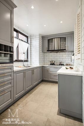 明亮128平美式三居厨房案例图三居美式经典家装装修案例效果图