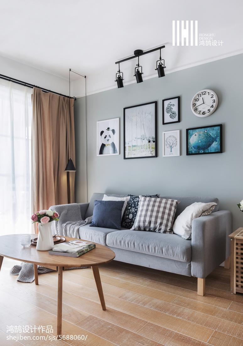北欧客厅组合装饰画客厅北欧极简客厅设计图片赏析