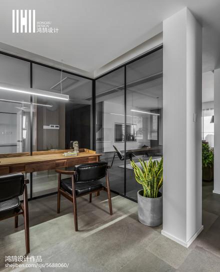 热门105平米三居书房现代装修实景图片
