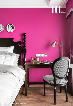 优美66平美式二居卧室图片欣赏二居美式经典家装装修案例效果图