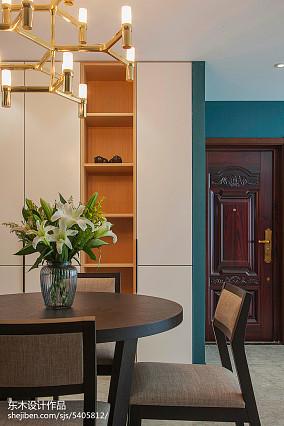 精选面积103平现代三居玄关装修设计效果图片欣赏