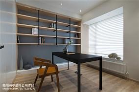 简约现代长形客厅装修图