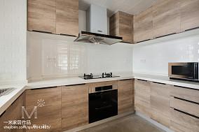 精选日式三居厨房装修效果图片欣赏121-150m²三居日式家装装修案例效果图