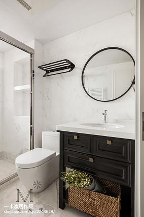 精美97平米三居卫生间美式效果图片大全卫生间美式经典设计图片赏析