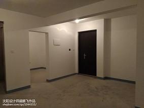 简约欧式风格三房两厅装修走廊效果图
