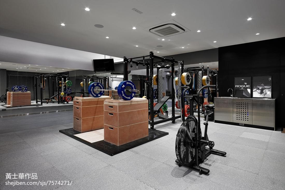 别墅家庭健身房