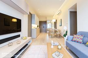 精美90平米三居客厅简约装修图片欣赏