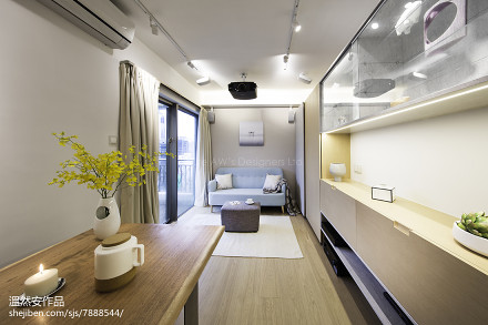 精美面积85平日式二居客厅实景图