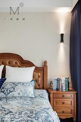 热门二居卧室美式装饰图片大全81-100m²二居美式经典家装装修案例效果图