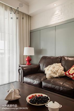 热门79平米二居客厅美式效果图片欣赏81-100m²二居美式经典家装装修案例效果图