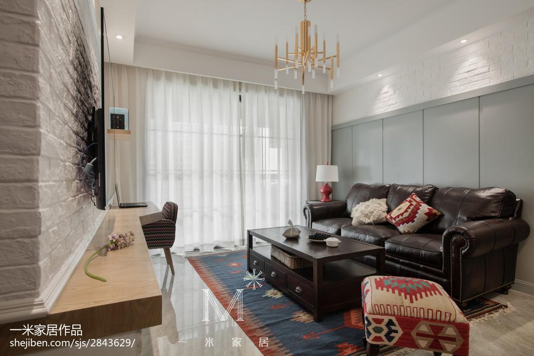 质朴80平美式二居客厅案例图81-100m²二居美式经典家装装修案例效果图