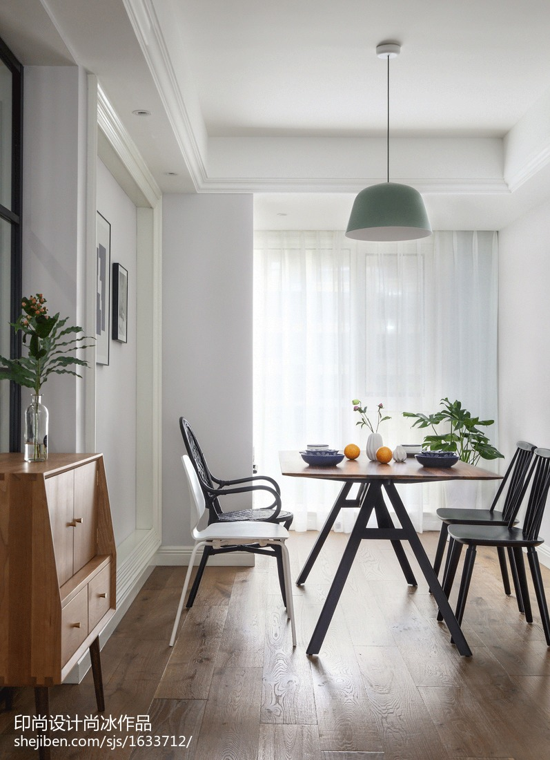 热门面积101平北欧三居餐厅装饰图片欣赏三居北欧极简家装装修案例效果图