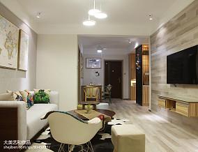 热门面积84平宜家二居客厅装修实景图片欣赏