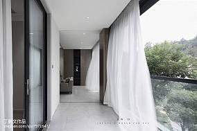热门面积109平现代三居过道装修设计效果图片欣赏