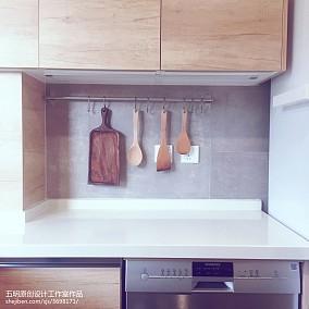 精美日式小户型厨房装修图片欣赏