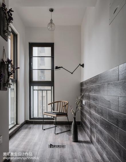 精美105平现代三居阳台装修设计图阳台