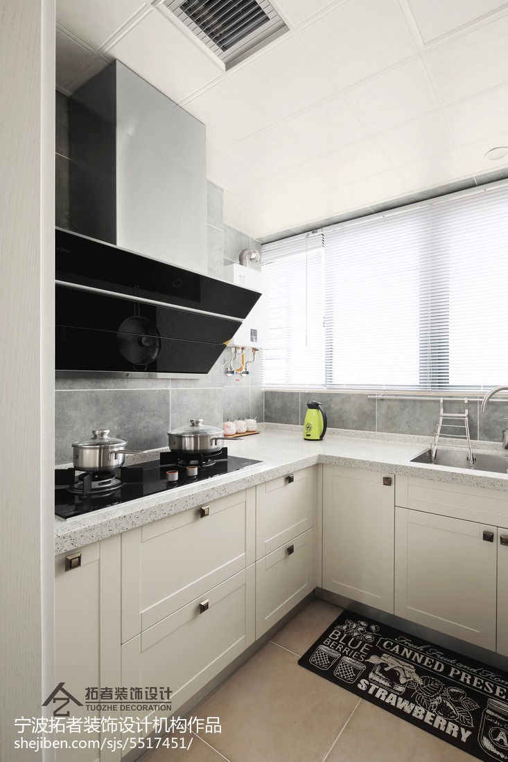103平米三居厨房美式装修实景图片餐厅橱柜美式经典厨房设计图片赏析