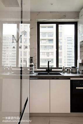 热门面积97平现代三居厨房设计效果图