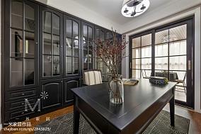 精美三居书房美式装修效果图片欣赏151-200m²三居美式经典家装装修案例效果图