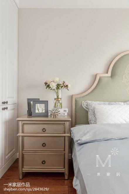 轻奢118平美式三居卧室设计案例
