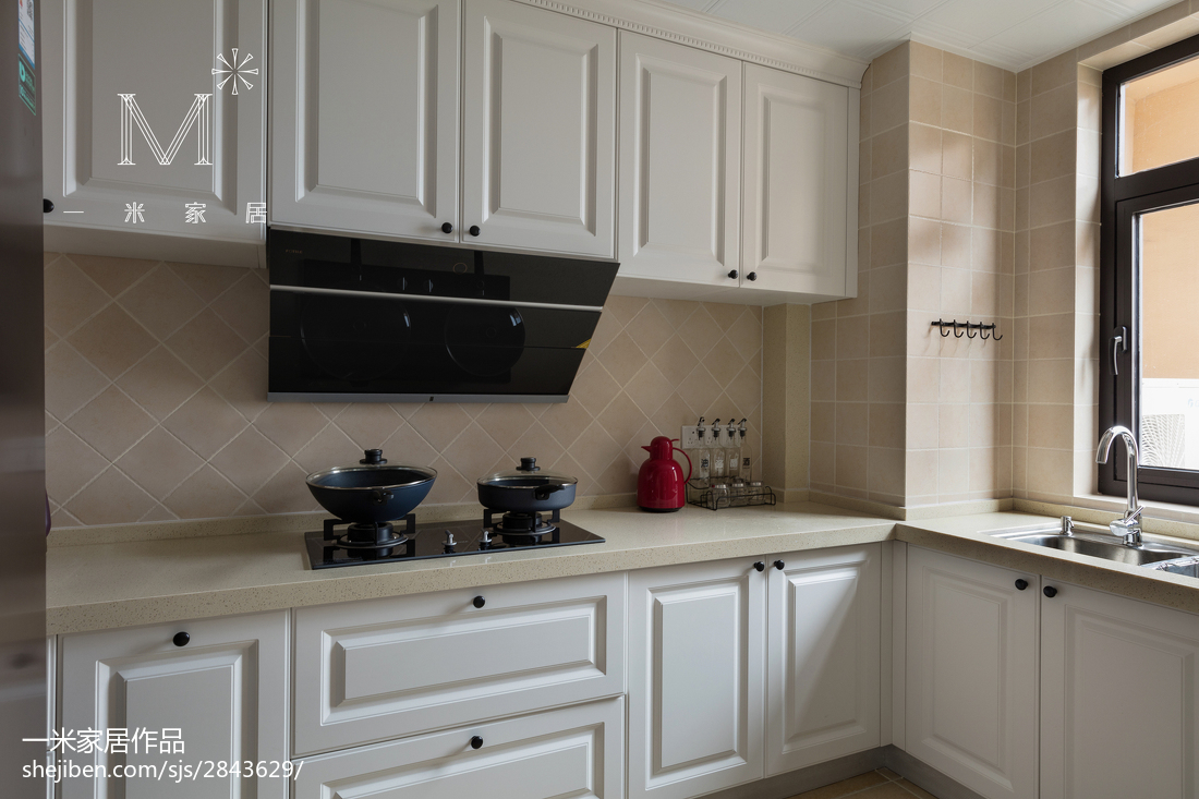 137m²美式橱柜设计图餐厅橱柜美式经典厨房设计图片赏析