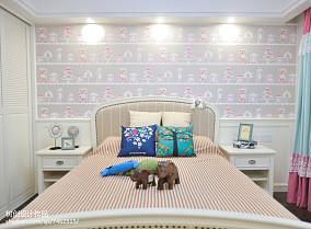 简约清新风格装修卧室设计