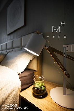 2018中式四居卧室装修设计效果图片欣赏家装装修案例效果图