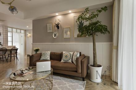 面积99平美式三居客厅装修设计效果图片欣赏