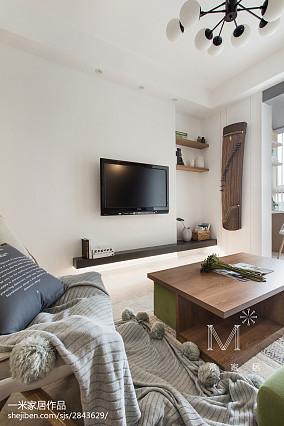 温馨85平北欧二居客厅实景图二居北欧极简家装装修案例效果图