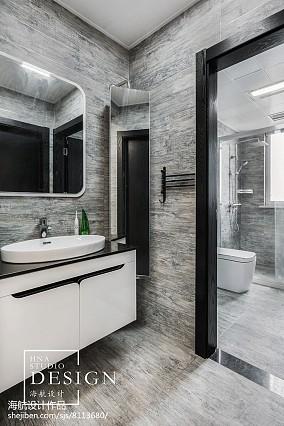 180m²现代黑白灰卫浴设计图