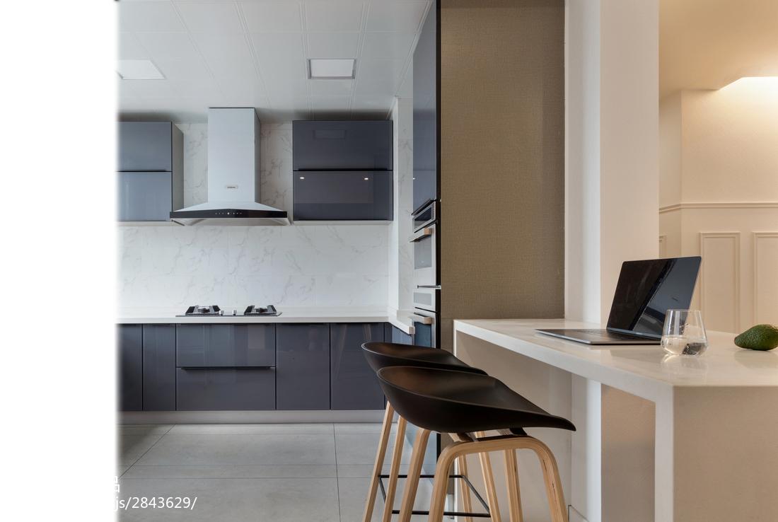 典雅80平现代三居厨房装潢图餐厅现代简约厨房设计图片赏析