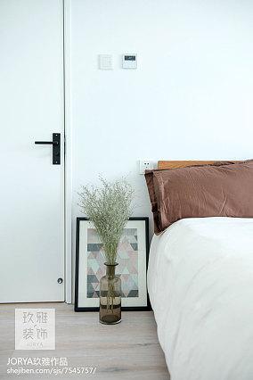 热门106平米三居客厅简约效果图片大全