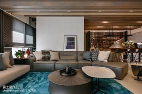 2018大小71平现代二居客厅装修效果图片大全