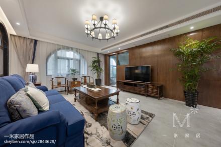 面积111平混搭四居客厅效果图片欣赏