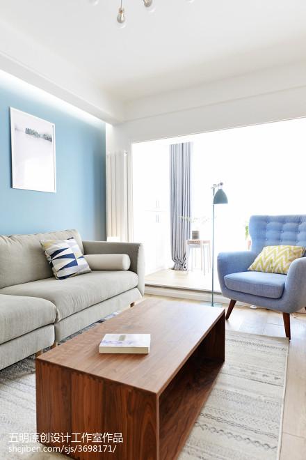 热门日式二居客厅装修实景图