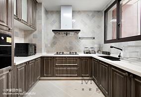 平美式三居厨房案例图三居美式经典家装装修案例效果图