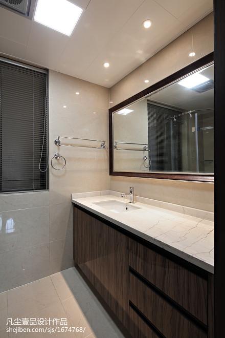 轻奢145平中式四居卫生间装饰图片