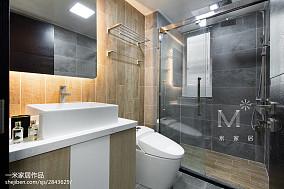 热门104平米三居卫生间现代设计效果图