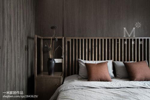 94平米三居卧室中式效果图片大全卧室床101-120m²三居中式现代家装装修案例效果图