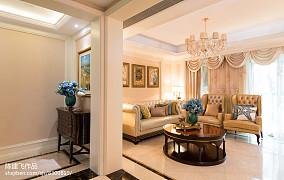 2018130平米新古典复式客厅装修实景图
