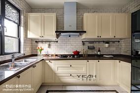 田园美式别墅厨房设计图