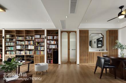 质朴94平中式四居客厅装饰美图