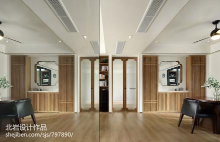 优雅107平中式四居客厅布置图