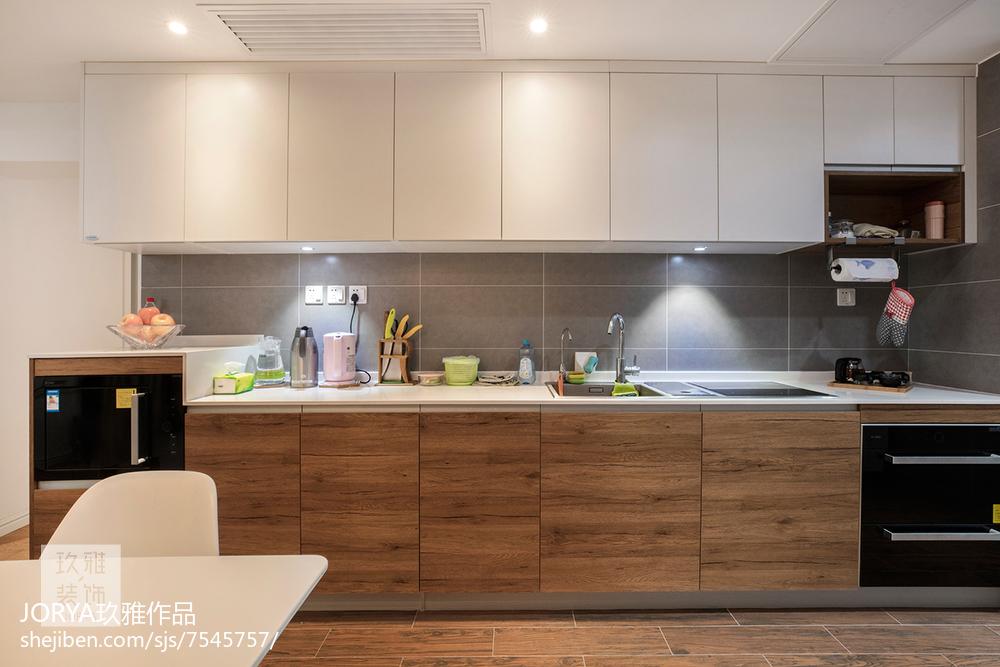 华丽57平欧式二居设计美图餐厅欧式豪华厨房设计图片赏析