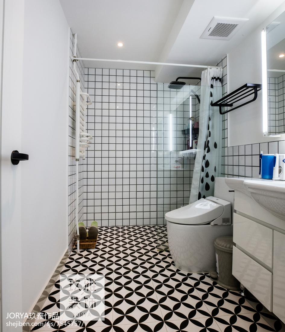 精致75平欧式二居装修案例卫生间欧式豪华卫生间设计图片赏析