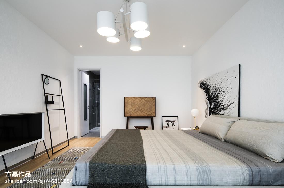 明亮现代豪宅卧室设计图片