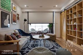 2018面积101平日式三居客厅装饰图片