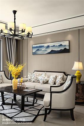 105平米三居客厅中式装饰图三居中式现代家装装修案例效果图