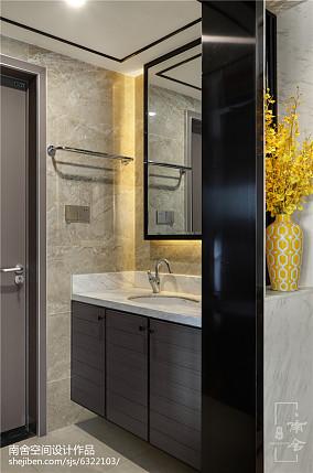 热门面积108平中式三居卫生间装修效果图片欣赏三居中式现代家装装修案例效果图